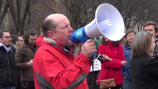 Solidarity with COP21 Protests Brings Hundreds to White House
